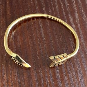 Bracelet gold tone 🍒